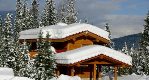 Heliskiing Canada - Blue River Resort Chalet