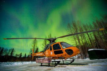 Skeena Helicopter Polarlights